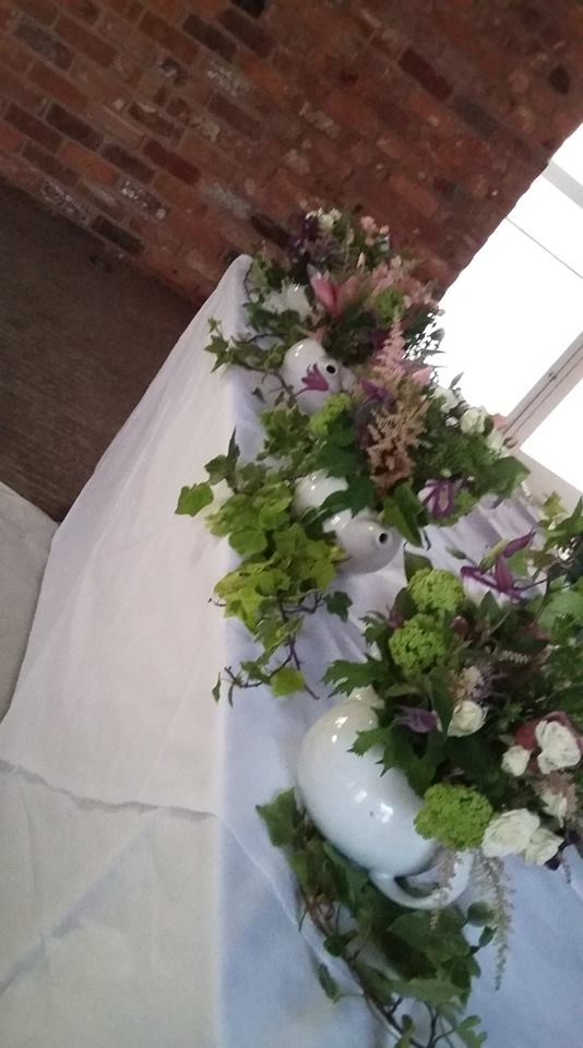 Take A Look At Our Ideas And Also Some Of Our Brides Beautifully Decorated  Tables. Top Table Arrangements Range From £45.00